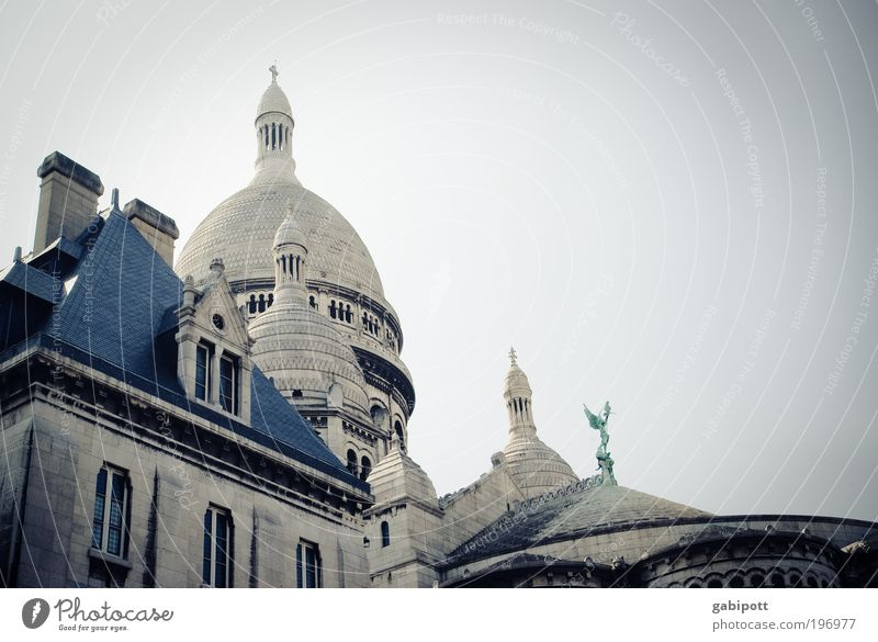 City House (Residential Structure) Wall (building) Window Wall (barrier) Building Religion and faith Architecture Facade Church Roof Change Tower France Paris
