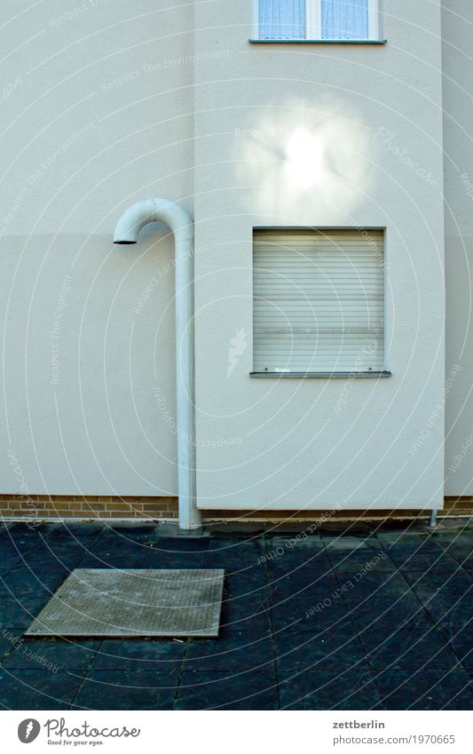 Vacation & Travel Town House (Residential Structure) Window Architecture Facade City life Copy Space Modern Closed Safety Risk Downtown Pipe Iron-pipe Flare