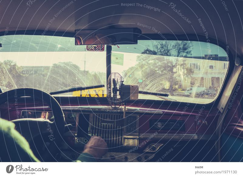 Taxi through Havana Lifestyle Vacation & Travel Adventure City trip Summer Summer vacation Man Adults Culture Means of transport Passenger traffic Road traffic