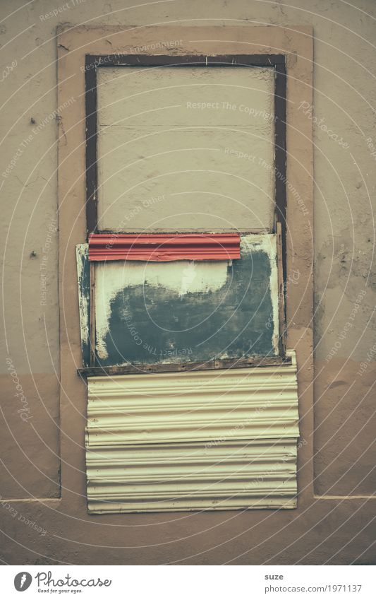 House (Residential Structure) Window Facade Living or residing Retro Dirty Gloomy Culture Poverty Transience Closed Broken Change Past Safety Decline