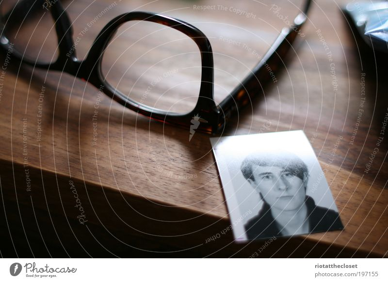 Dani Darko and hir glasses Photography Eyeglasses Table Plastic Hair and hairstyles Photo booth Wood Quality Passport photograph Wooden table Colour photo