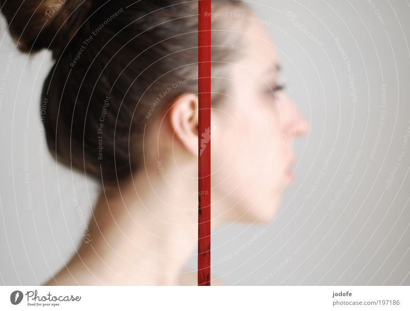 dash Feminine Young woman Youth (Young adults) Woman Adults Ear 1 Human being 18 - 30 years Divide Head String Line Red Divided Side 2 deaf Colour photo