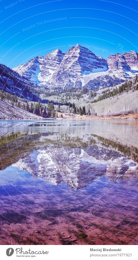 Maroon Bells mountain lake Beautiful Vacation & Travel Tourism Adventure Expedition Camping Mountain Nature Landscape Autumn Lake Retro Pink Serene