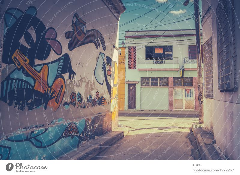 Cat Old Town House (Residential Structure) Graffiti Art Time Facade Retro Dirty Culture Poverty Cute Transience Footpath Change