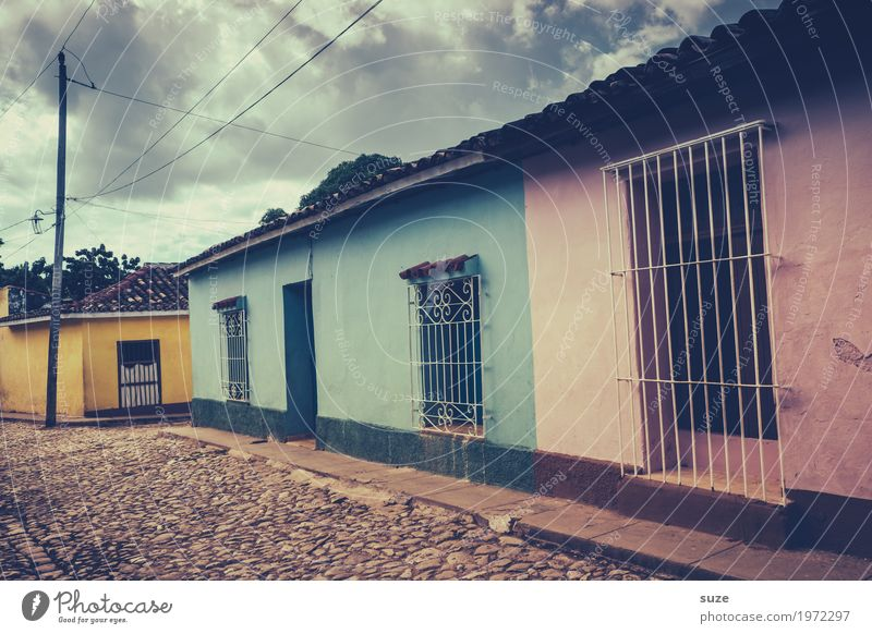 House (Residential Structure) Loneliness Calm Window Street Yellow Lanes & trails Time Facade Pink Living or residing Contentment Retro Poverty Transience