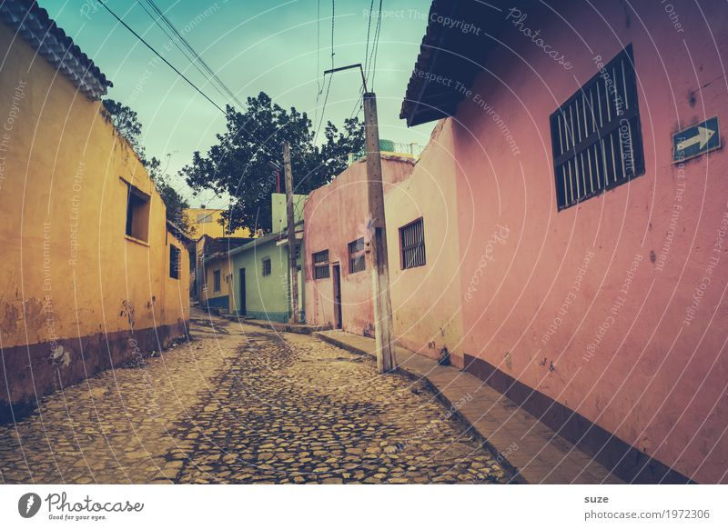 House (Residential Structure) Loneliness Calm Window Street Yellow Lanes & trails Time Facade Pink Living or residing Contentment Culture Poverty Transience