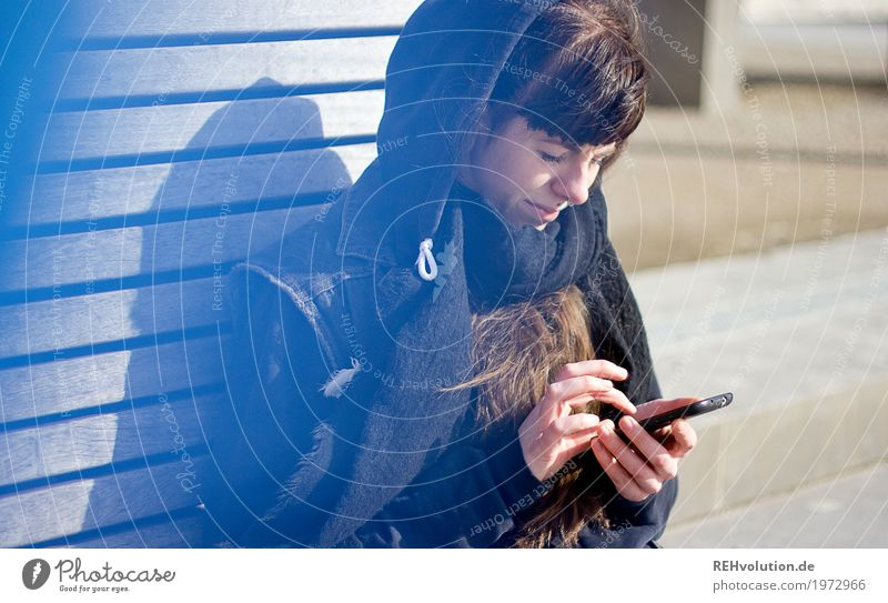 Carina with Smartphone Cellphone PDA Technology Telecommunications Human being Feminine Young woman Youth (Young adults) 1 18 - 30 years Adults Youth culture