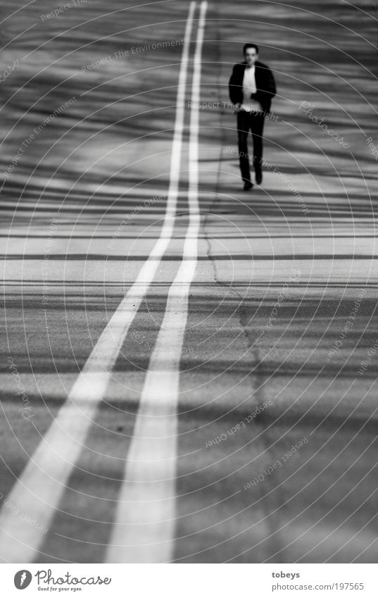 Man Vacation & Travel Loneliness Far-off places Street Freedom Dream Adults Line Contentment Power Walking Trip Running Search Longing