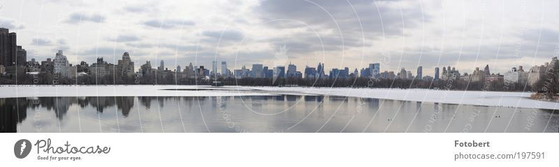 Central Park Skyline Landscape Clouds Winter Snow Deserted High-rise Landmark Far-off places Gigantic New York City Panorama (Format) Subdued colour