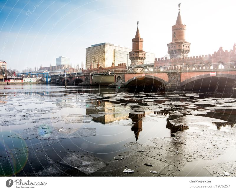 Ice Age at the Oberbaum Bridge Vacation & Travel Tourism Trip Sightseeing City trip Capital city Tower Manmade structures Building Architecture