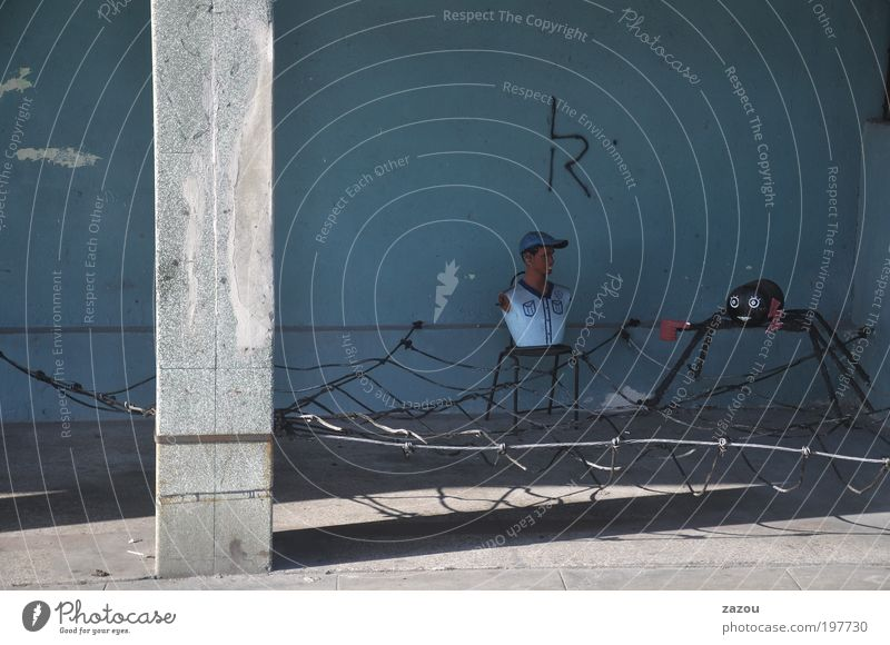 Building Art Facade Kitsch Sculpture Cuba Surrealism Spider Spider's web Street art Mannequin Subculture Havana Revolt