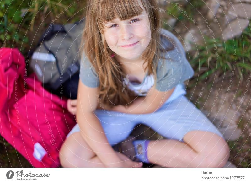 Human being Child Nature Relaxation Girl Feminine Happy Leisure and hobbies Contentment Trip Hiking Infancy Sit Success Smiling Happiness