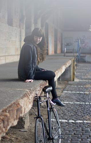 Carina | Bicycle Style Leisure and hobbies Human being Feminine Young woman Youth (Young adults) Woman Adults 1 18 - 30 years Youth culture Small Town