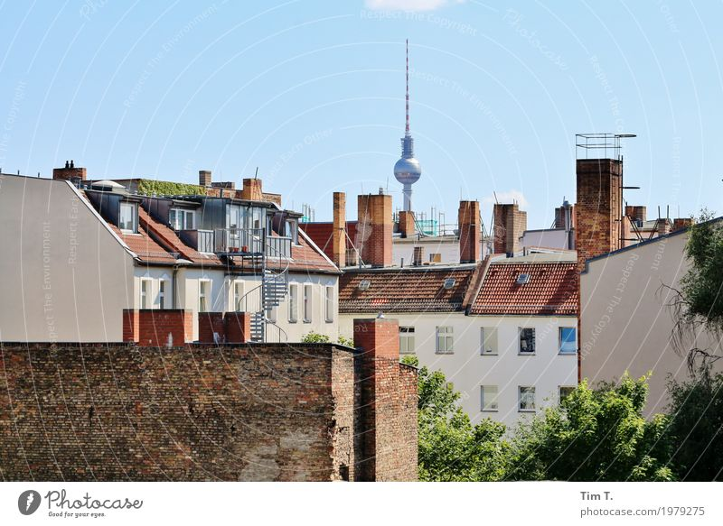 poplar avenue Berlin TV Tower Town Capital city Downtown Old town Skyline Deserted House (Residential Structure) Roof Chimney Tourist Attraction Network