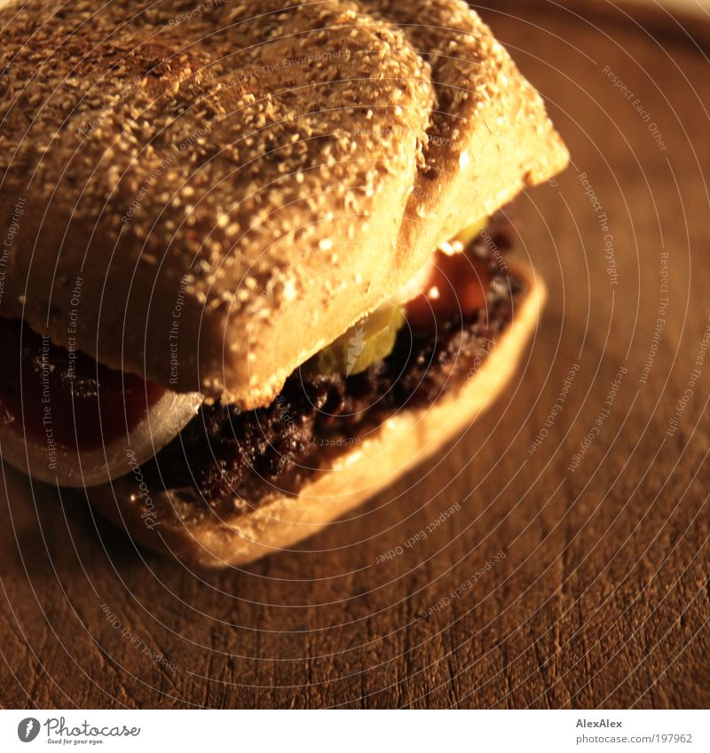 Börgah tu huus Food Meat Vegetable Roll Nutrition Fast food Slow food Finger food Hamburger Wooden board Closing time Fragrance Hot Delicious Juicy Speed Brown