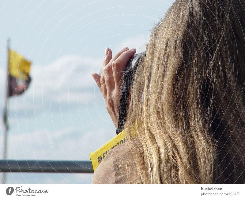 Woman Hand Hair and hairstyles Blonde Vantage point Television Fingernail Binoculars