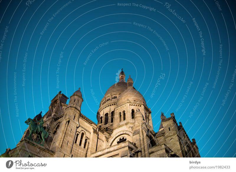 Sacré-Cœur de Montmartre Tourism City trip Cloudless sky Night sky Paris Capital city Church Tourist Attraction Sacré-Coeur Esthetic Famousness Historic