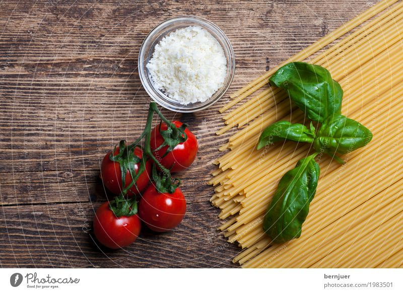 ingredient Food Vegetable Nutrition Organic produce Vegetarian diet Eating Cheap Good Brown Yellow Red Authentic Spaghetti Noodles Basil Cooking salt Salt Wood