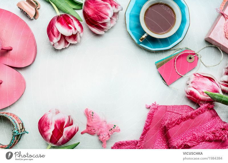 Spring women work table with tulips Beverage Coffee Lifestyle Shopping Luxury Style Design Joy Leisure and hobbies Living or residing Interior design Decoration