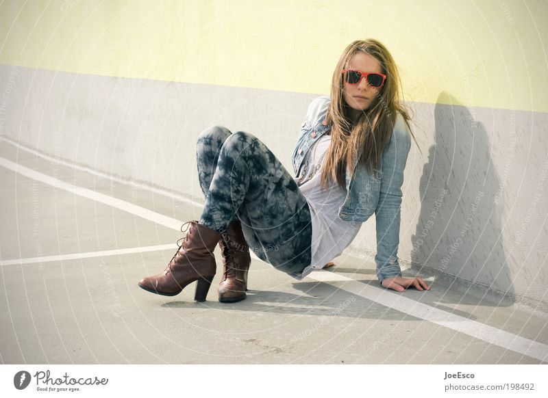 Woman Human being Youth (Young adults) Beautiful Life Wall (building) Style Wall (barrier) Adults Power Elegant Sit Fashion Lifestyle Cool (slang)