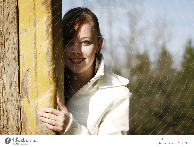 sunny side up Joy Beautiful Well-being Contentment Human being Feminine Young woman Youth (Young adults) Woman Adults Face 1 Jacket Brunette Observe To hold on