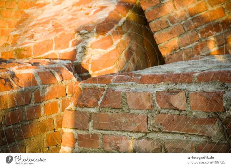 snuggle round Craftsperson Masonry Attempt Fiasco Tumble down Construction site Art Work of art Sculpture Bremen Harbour House (Residential Structure) Ruin