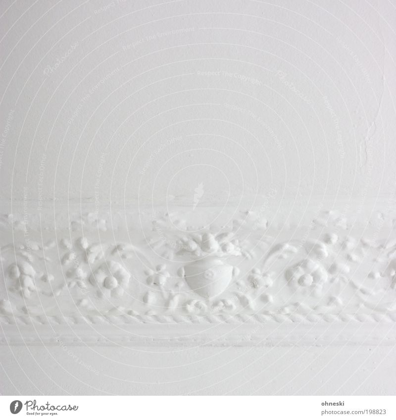 Old White Bright Room Flat (apartment) Esthetic Retro Decoration Living or residing Interior design Painter Craftsperson Ornament Human being Abstract