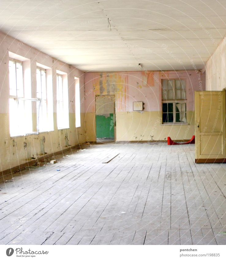 Large dilapidated room with dirty wooden floorboards. Lost place.,Old building. Renovation needs House (Residential Structure) Decoration Room Workplace