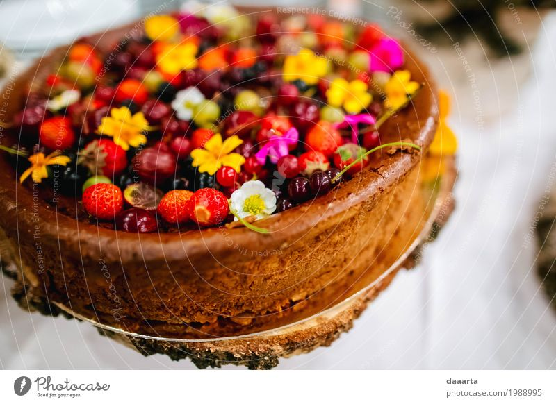 flower cake R Food Cake Dessert Candy Berries Flower Strawberry cheese cake Lifestyle Elegant Style Design Exotic Joy Harmonious Leisure and hobbies Adventure