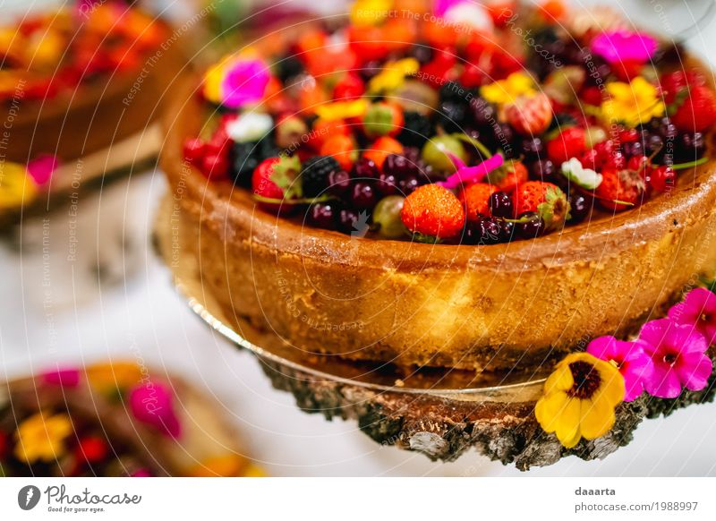 cake and flowers 1 R Food Cake Dessert Candy Nutrition Lifestyle Elegant Style Design Exotic Joy Harmonious Leisure and hobbies Playing Living or residing