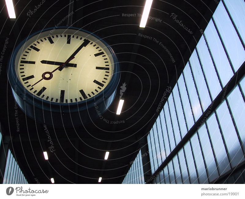Time Technology Clock Train station Electrical equipment Clock face Station clock