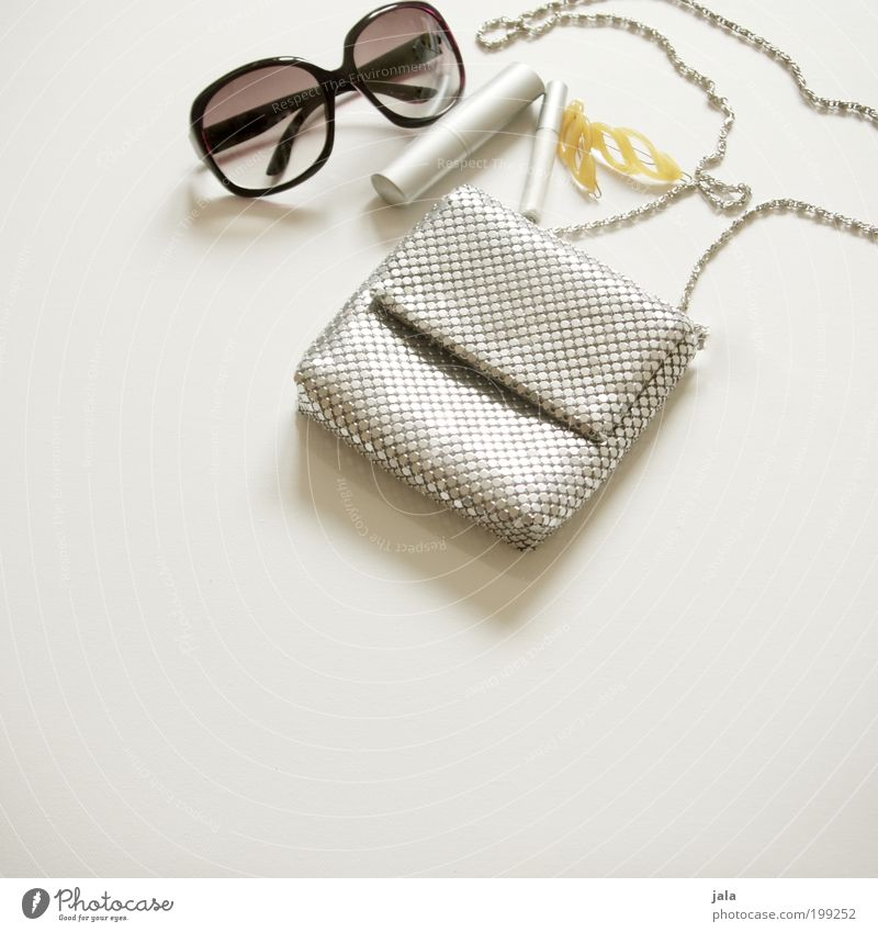 Beautiful Feminine Style Fashion Glittering Design Elegant Lifestyle Jewellery Make-up Cosmetics Silver Bag Sunglasses Eyeglasses Hip & trendy