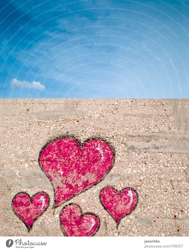 Sky Blue Red Love Wall (building) Emotions Graffiti Happy Wall (barrier) Together Heart Romance Kitsch Sign Relationship Infatuation