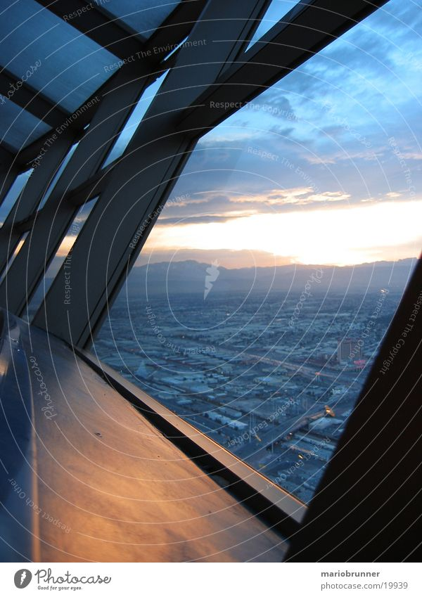 Sky Window Tall Level Vantage point Tower Hotel Dusk Architect Casino Nevada Steel carrier Overview Las Vegas View from a window