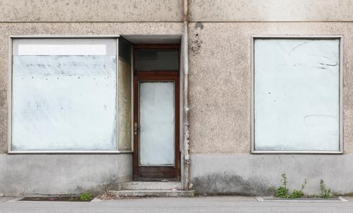 cessation of business Trade House (Residential Structure) Facade Window Door Eaves Line Stripe Old Authentic Simple Longing Disappointment Competition Fiasco