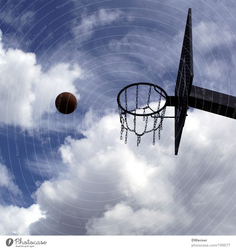 basketball Leisure and hobbies Playing Sports Ball sports Sporting Complex Environment Air Sky Climate Beautiful weather Metal Throw Blue Testing & Control Ease