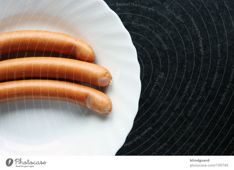 Hot threesome Food Sausage Nutrition Lunch Dinner Crockery Plate Elegant Long Delicious Juicy Brown White Appetite Crunchy Cooking Small sausage Round