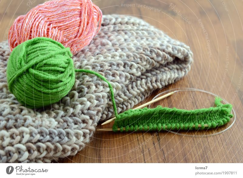 knitting scarf Leisure and hobbies Warmth Fashion Knit Handcrafts Wool Creativity creased yarn handmade needle The Needles Background picture woolen thread