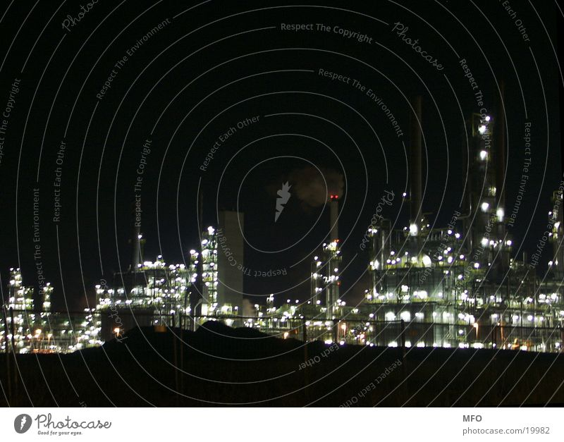 Leuna refinery at night Refinery Machinery Heavy industry High-tech Industry Oil Light Technology Share