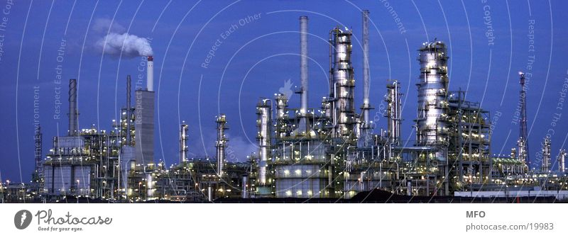 Large Industry Technology Oil Chimney Panorama (Format) Scaffold Raw materials and fuels Refinery Leuna
