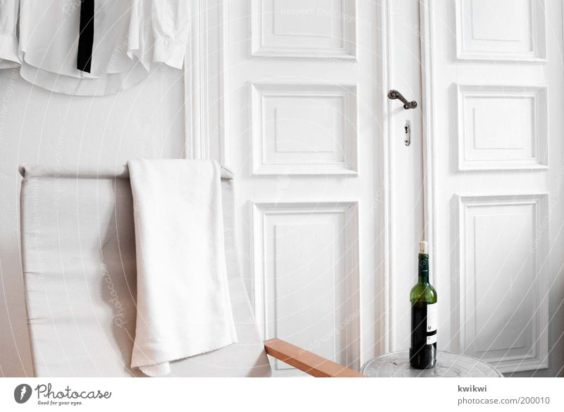 White Relaxation Interior design Door Flat (apartment) Success Elegant Design Living or residing Table Decoration Beverage Gloomy Chair Wine Shirt