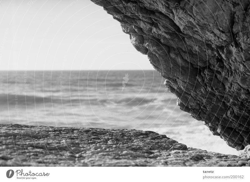 Nature Water Stone Air Coast Waves Environment Horizon Rock Corner Vantage point Elements Portugal Graphic Partially visible Cliff