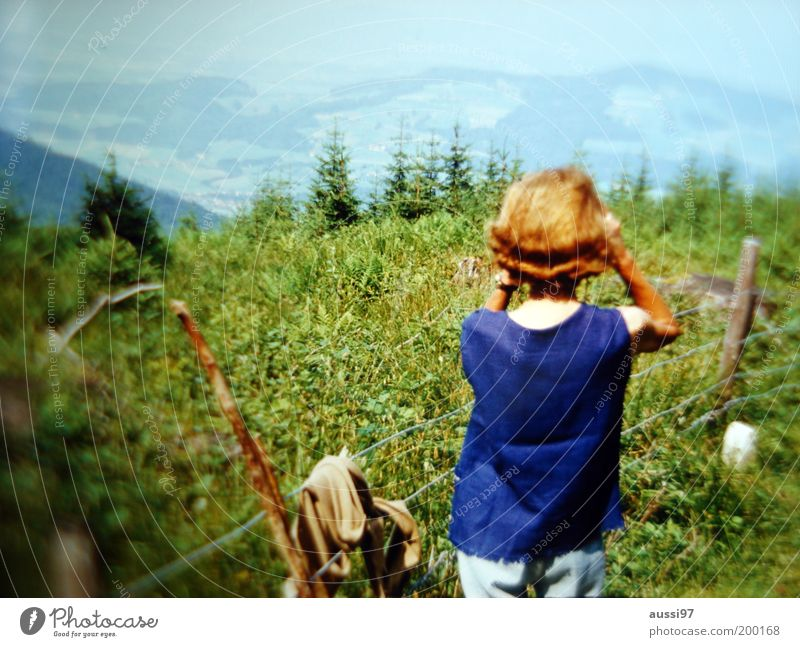 Teresa Di Vicenzo Sightseeing Inspection Observe Discover Woman Lady Binoculars Vantage point Footpath Hiking Fence Barbed wire Blur positive liquid Landscape