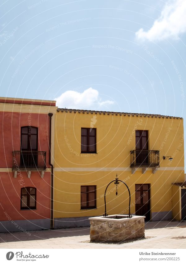 Old Calm House (Residential Structure) Yellow Colour Window Building Architecture Pink Facade Empty Places Romance Italy Well Balcony