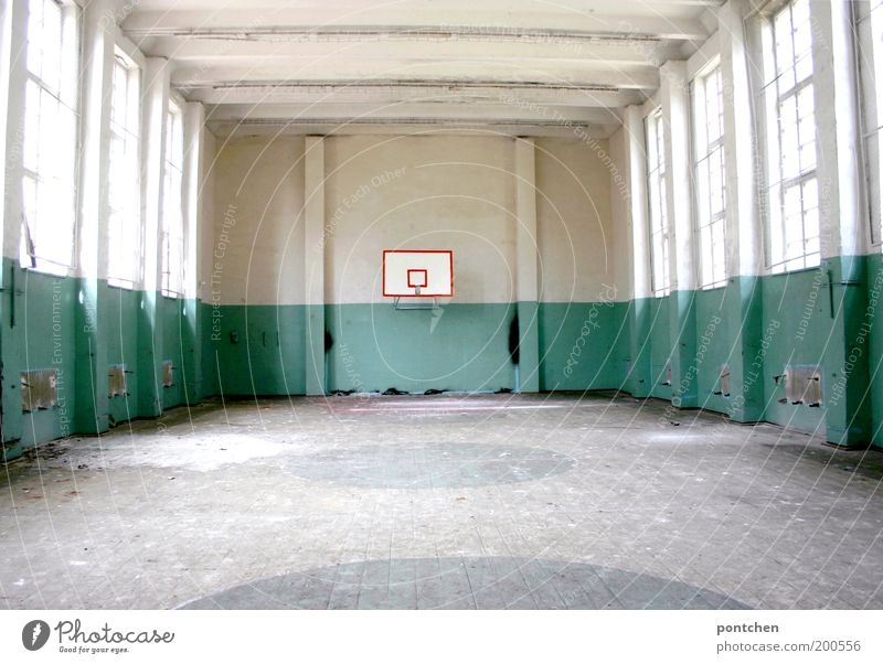 Old Window Sports Building Leisure and hobbies Dirty Poverty Derelict Wooden floor Basketball Basketball basket Gymnasium Shaft of light Sporting Complex