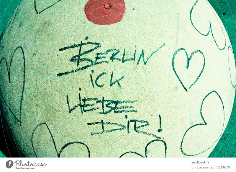 BERLIN ICK LOVE YOU! Berlin Town Capital city Graffiti Heart Declaration of love Love Patriotism Civic pride Region Quarter Living or residing Concrete Bollard