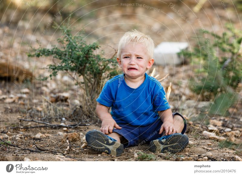Human being Child Nature Landscape Loneliness Sadness Emotions Boy (child) Masculine Earth Blonde Infancy Sit Baby Grief To fall
