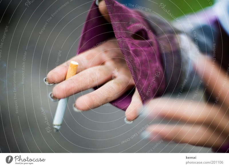 The cigarette afterwards Lifestyle Manicure Smoking Human being Feminine Young woman Youth (Young adults) Woman Adults Hand Fingers 1 18 - 30 years Dirty Violet