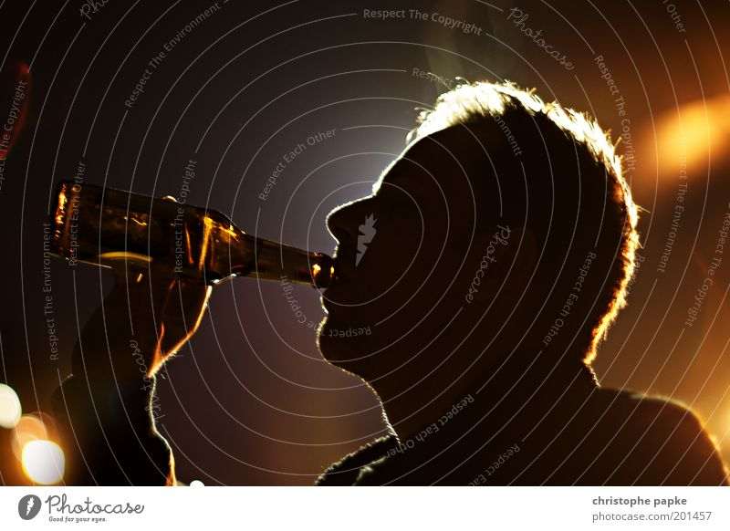 Human being Man Dark Adults Feasts & Celebrations Head Party Beverage Joie de vivre (Vitality) Drinking Beer Event Bar Bottle Club Disco