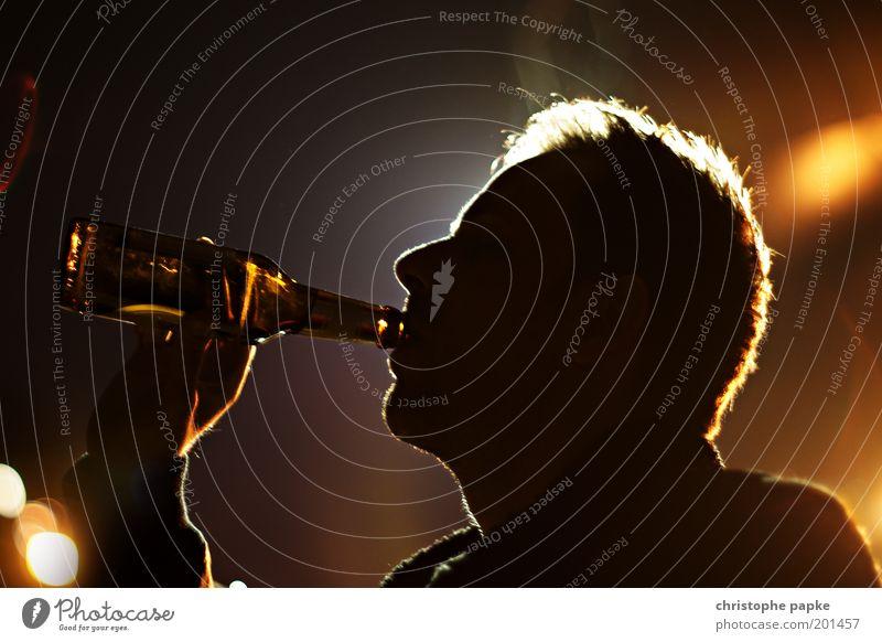 Human being Man Dark Adults Feasts & Celebrations Head Party Beverage Joie de vivre (Vitality) Drinking Beer Event Bar Bottle Club Disco